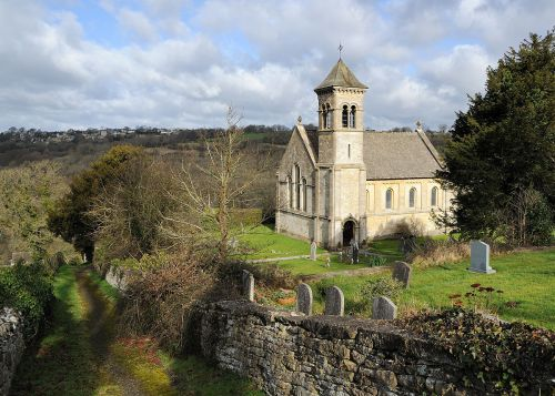1200px-frampton_mansell_st_lukes_church